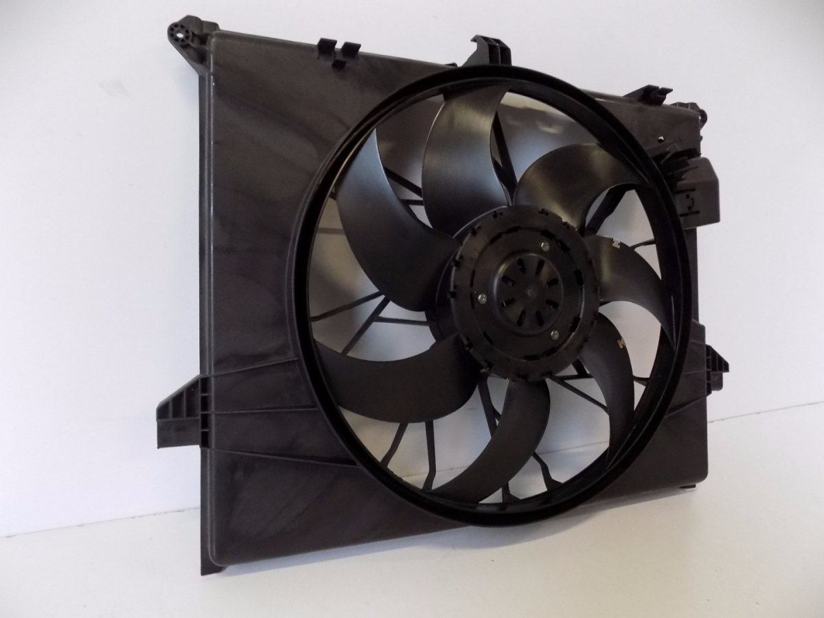 Mercedes ML / GL W164 Fan 600W - 4071