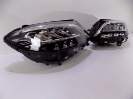 Mercedes W205 LCI LED Lamp L/R - 5879 / 5880