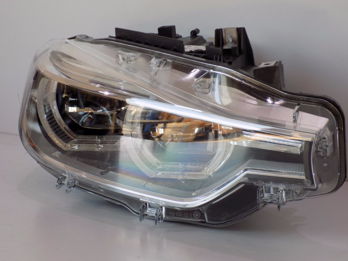BMW 3 F30/31 LCI Adaptive LED Lamp Right - 6144