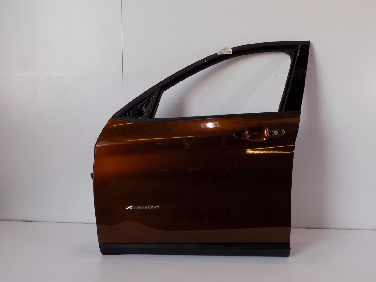 BMW X1 F48 Front Left Doors B09 - 6171